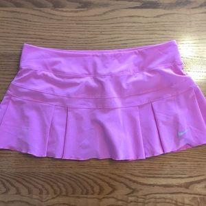 Nike Dri-fit Women's Tennis 🎾 skirt!